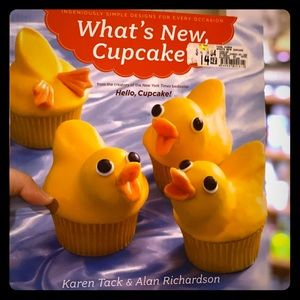 NEW - Cupcake Cookbook